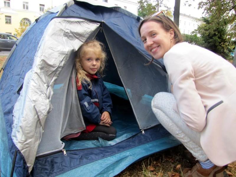 Юля-палатка-девочка