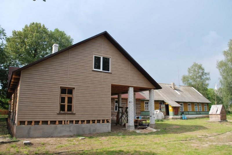 дом в Понемонцах